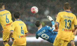 Napoli's Argentinian-French forward Gonzalo Higuain celebrates after scoring his 36th goal in the season during the Italian Serie A football match SSC Napoli vs Frosinone Calcio on May 14 2016 at the San Paolo stadium in Naples. Higuain breaks the italian record of 35 scores estabilished in 1949-50 season by Ac Milan's Swedish forward Gunnar Nordahl. / AFP / CARLO HERMANN        (Photo credit should read CARLO HERMANN/AFP/Getty Images)