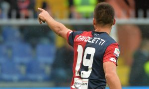 Genoas Leonardo Pavoletti jubilates after scoring the goal during the Italian Serie A soccer match Genoa Cfc vs Chievo Verona at Luigi Ferraris stadium in Genoa , Italy, 18 october 2015. ANSA/LUCA ZENNARO