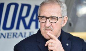 Luigi Del Neri allenatore dell' Hellas Verona durante la partita di Campionato di SERIE A Torino-Hellas Verona allo Stadio Olimpico di Torino, 31 gennaio 2016 ANSA/ ALESSANDRO DI MARCO