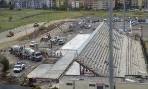 Crotone, 09/09/2016 - lavori stadio Ezio Scida Campionato Serie A 2016-2017 nella foto: I lavori di ampliamento in corso alla curva sud dello stadio Ezio Scida di Crotone  Foto Pipita