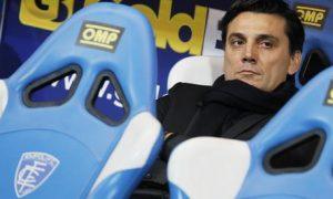 Milan's coach Vincenzo Montella looks on sitting on the bench prior the Italian Serie A soccer match Empoli FC vs AC Milan at Carlo Castellani stadium in Empoli, Italy, 26 November 2016. ANSA/FABIO MUZZI