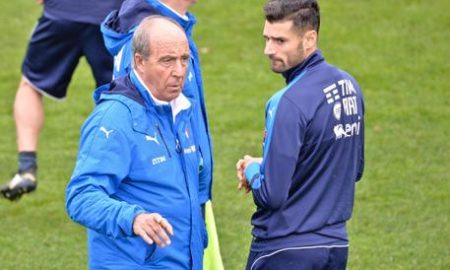 Italy's head coach Giampiero Ventura (L) and Italy's soccer player Antonio Candreva (R) during a training session at Coverciano training ground, near Florence, Italy, 11 November 2016. Italy will face Liechtenstein in an FIFA World Cup 2018 qualification match on 12 November 2016. ANSA/MAURIZIO DEGL INNOCENTI