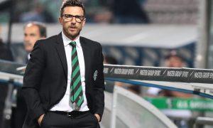 L'allenatore del Sassuolo Eusebio Di Francesco durante la partita Sassuolo-Genoa al Mapei Stadium di Reggio Emilia, 31 maggio 2015 ANSA/SERENA CAMPANINI