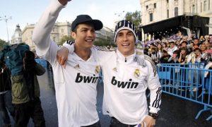 cristiano-ronaldo-496-wearing-a-black-nike-cap-with-jose-callejon-in-the-cibeles-2012
