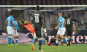 The goal scored by Milan's Suso (R) during the Italian Serie A soccer match SSC Napoli vs AC Milan at San Paolo stadium in Naples, Italy, 27 August 2016. ANSA/CESARE ABBATE