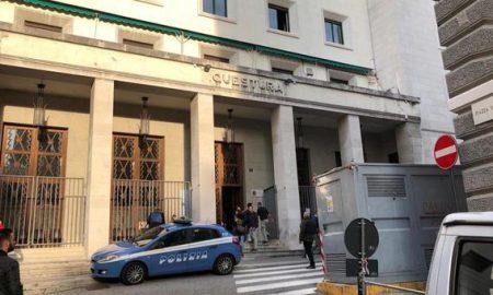 Trieste Sparatoria Agenti
